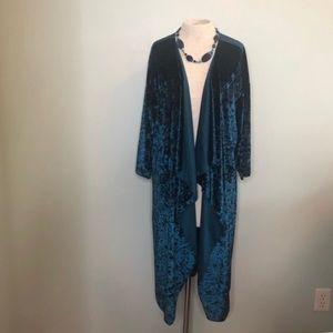 LuLaRoe Elegant Velvet Shirley Kimono Size L